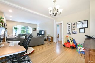 """Photo 11: 3825 W 19TH Avenue in Vancouver: Dunbar House for sale in """"Dunbar"""" (Vancouver West)  : MLS®# R2495475"""
