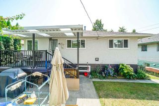 Photo 15: 1437 E 63RD Avenue in Vancouver: Fraserview VE House for sale (Vancouver East)  : MLS®# R2426997