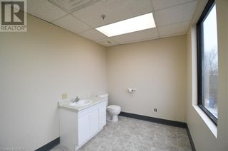 Photo 7: 55 MARY Street Unit# 206 in Lindsay: Other for lease : MLS®# 40100078