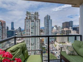 Photo 10: Vancouver West: Condo for sale : MLS®# R2077487