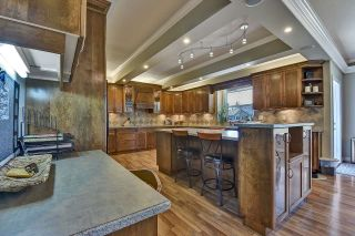 Photo 9: 7901 155A Street in Surrey: Fleetwood Tynehead House for sale : MLS®# R2611912