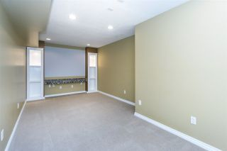 Photo 14: 6624 187A Street in Surrey: Cloverdale BC House for sale (Cloverdale)  : MLS®# R2287987