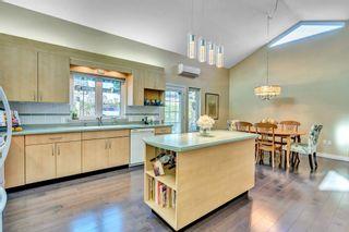 Photo 10: 15511 THRIFT Avenue: White Rock 1/2 Duplex for sale (South Surrey White Rock)  : MLS®# R2526609