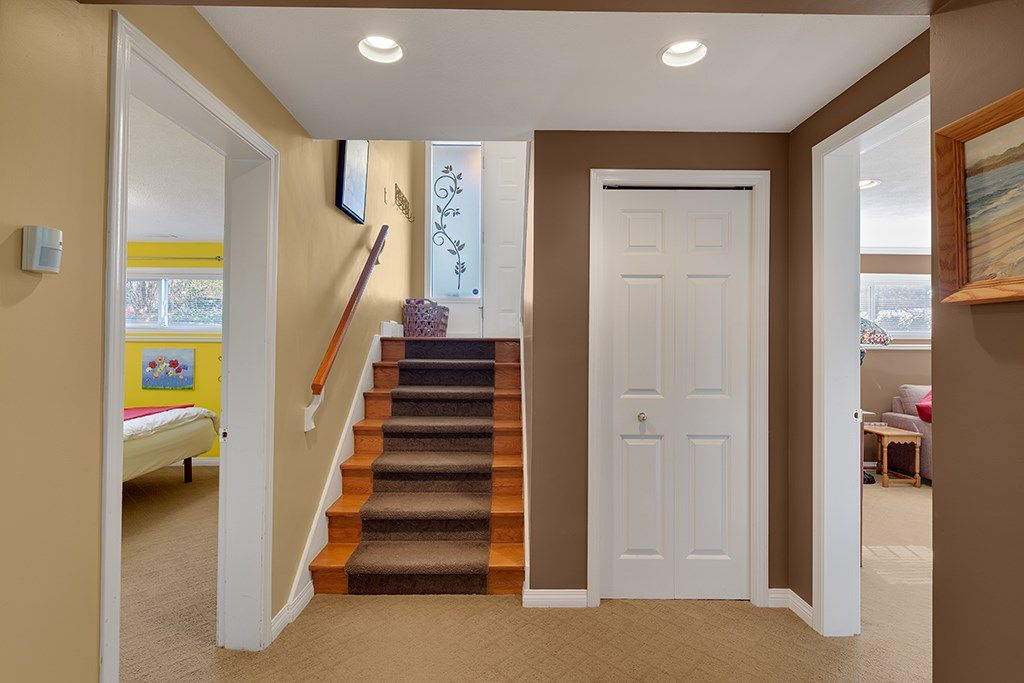 "Photo 18: Photos: 885 EILDON Street in Port Moody: Glenayre House for sale in ""GLENAYRE"" : MLS®# R2553137"