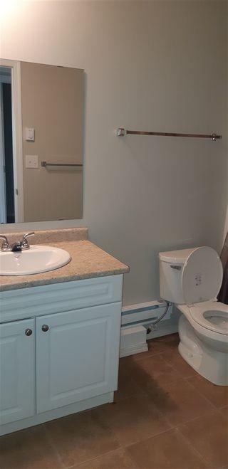 Photo 3: 11924 93 Street in Edmonton: Zone 05 House for sale : MLS®# E4236916