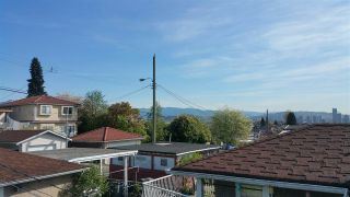 Photo 2: 2973 E 7TH AVENUE in Vancouver: Renfrew VE House for sale (Vancouver East)  : MLS®# R2055849