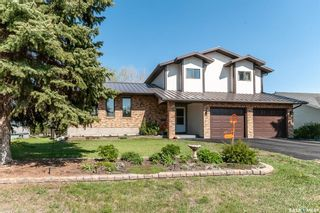 Photo 2: 615 Pasqua Avenue South in Fort Qu'Appelle: Residential for sale : MLS®# SK856722