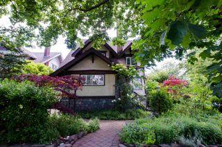 Photo 1: 2394 W 6TH Avenue in Vancouver: Kitsilano Fourplex for sale (Vancouver West)  : MLS®# R2465599