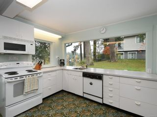 Photo 18: 2968 Leigh Pl in : La Langford Lake House for sale (Langford)  : MLS®# 860019