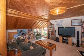 Photo 15: 8720 HORLINGS Road in Smithers: Smithers - Rural House for sale (Smithers And Area (Zone 54))  : MLS®# R2599799