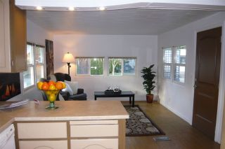 Photo 2: 14 201 CAYER STREET in Coquitlam: Maillardville Manufactured Home for sale : MLS®# R2033187