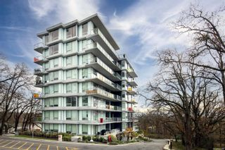 Photo 1: 605 4009 Rainbow Hill Lane in : SE High Quadra Condo for sale (Saanich East)  : MLS®# 877116