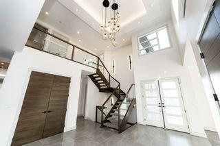Photo 3: 2728 Wheaton Drive in Edmonton: Zone 56 House for sale : MLS®# E4239343