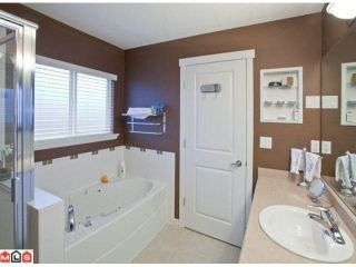 """Photo 9: 19091 68TH Avenue in Surrey: Clayton House for sale in """"CLAYTON VILLAGE"""" (Cloverdale)  : MLS®# F1028151"""