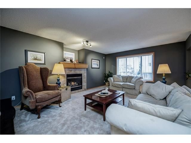 Photo 7: Photos: 137 COVE Court: Chestermere House for sale : MLS®# C4090938