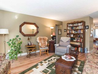 """Photo 10: 74 32959 GEORGE FERGUSON Way in Abbotsford: Central Abbotsford Townhouse for sale in """"Oakhurst"""" : MLS®# R2431213"""