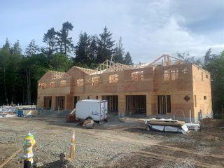 Photo 5: 101 2096 Kennedy St in Sooke: Sk Sooke Vill Core Half Duplex for sale : MLS®# 870451