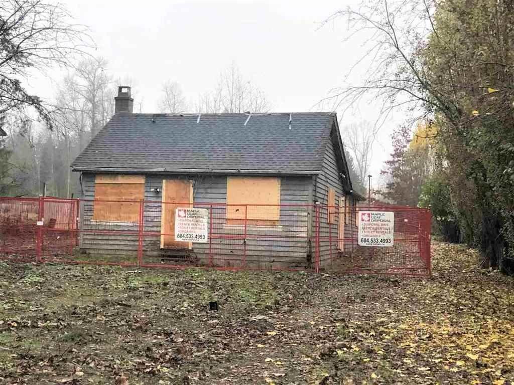 Main Photo: 17159 80 Avenue in Surrey: Fleetwood Tynehead House for sale : MLS®# R2420301