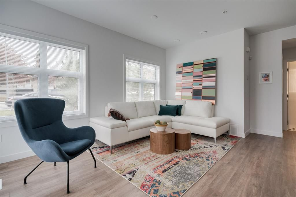 Main Photo: 105 3605 16 Street SW in Calgary: Altadore Row/Townhouse for sale : MLS®# A1128036