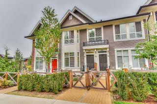 Photo 2: 39 14433 60 Avenue in Surrey: Sullivan Station Townhouse for sale : MLS®# R2202238