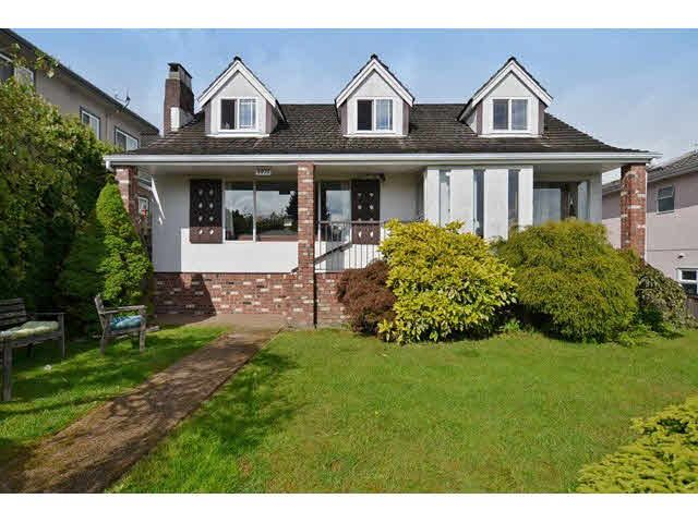 Main Photo: 4975 INVERNESS STREET in : Knight House for sale (Vancouver East)  : MLS®# V1121121