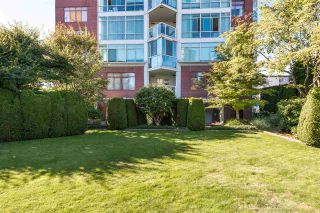 """Photo 20: 402 130 E 2ND Street in North Vancouver: Lower Lonsdale Condo for sale in """"The Olympic"""" : MLS®# R2497879"""