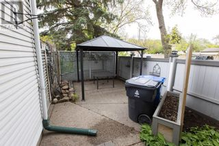 Photo 39: 1221 4 Avenue N in Lethbridge: House for sale : MLS®# A1112338