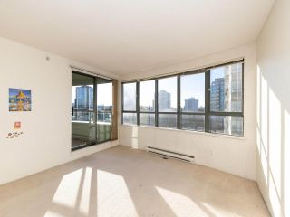 Photo 5: 603 3489 ASCOT Place in Vancouver: Collingwood VE Condo for sale (Vancouver East)  : MLS®# R2521275