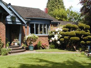 Photo 1: 1311 W 57TH Avenue in Vancouver: South Granville House for sale (Vancouver West)  : MLS®# R2559878