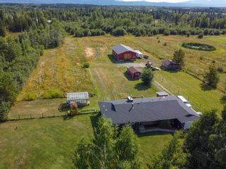 """Photo 2: 9480 ELLIS Road in Prince George: Pineview House for sale in """"AIRPORT"""" (PG Rural South (Zone 78))  : MLS®# R2610459"""