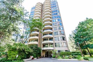 "Photo 2: 303 6282 KATHLEEN Avenue in Burnaby: Metrotown Condo for sale in ""THE EMPRESS"" (Burnaby South)  : MLS®# R2289687"