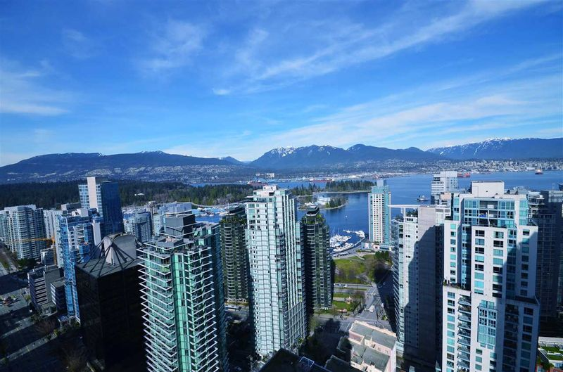 FEATURED LISTING: PH6 - 1288 GEORGIA Street West Vancouver