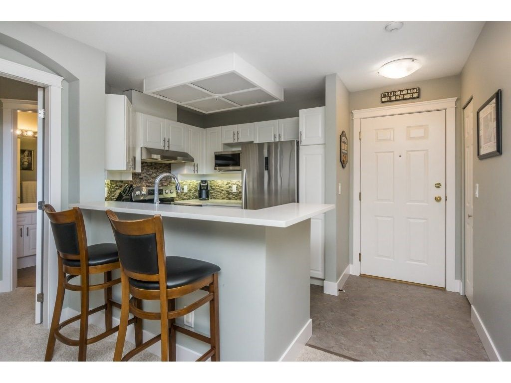 "Photo 3: Photos: 316 22025 48 Avenue in Langley: Murrayville Condo for sale in ""Autumn Ridge"" : MLS®# R2120963"