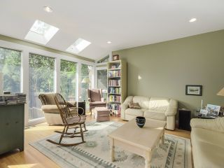 """Photo 9: 3090 W 45TH Avenue in Vancouver: Kerrisdale House for sale in """"Kerrisdale"""" (Vancouver West)  : MLS®# V1112063"""