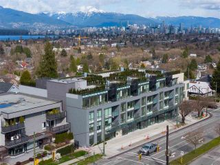 "Photo 3: 304 3639 W 16TH Avenue in Vancouver: Point Grey Condo for sale in ""The Grey"" (Vancouver West)  : MLS®# R2563201"