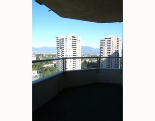 """Photo 5: 1204 5790 PATTERSON Avenue in Burnaby: Metrotown Condo for sale in """"""""THE REGENT"""""""" (Burnaby South)  : MLS®# V786618"""