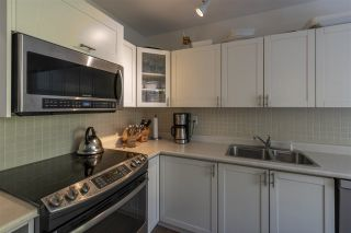 "Photo 13: 428 CROSSCREEK Road: Lions Bay Townhouse for sale in ""Lions Bay"" (West Vancouver)  : MLS®# R2498583"