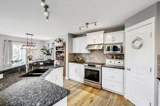 Photo 2: 55 ROYAL BIRKDALE Crescent NW in Calgary: Royal Oak House for sale : MLS®# C4183210