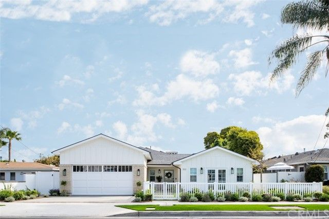 Main Photo: House for sale : 5 bedrooms : 352 E 18th Street in Costa Mesa