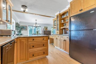 Photo 5: 213 49 Street in Delta: Pebble Hill House for sale (Tsawwassen)  : MLS®# R2612603