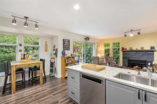 """Photo 11: 1148 STRATHAVEN Drive in North Vancouver: Northlands Townhouse for sale in """"Strathaven"""" : MLS®# R2579287"""