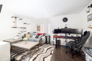"""Main Photo: 207 370 CARRALL Street in Vancouver: Downtown VE Condo for sale in """"21 Doors"""" (Vancouver East)  : MLS®# R2594767"""