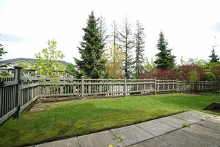 "Photo 18: 30 15871 85 Avenue in Surrey: Fleetwood Tynehead Townhouse for sale in ""HUCKE BERRY"" : MLS®# R2055937"