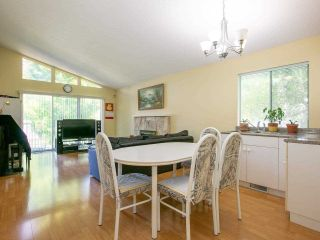 Photo 6: 5322 SHERBROOKE Street in Vancouver: Knight House for sale (Vancouver East)  : MLS®# R2588172