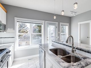 Photo 11: 526 GARRISON Square SW in Calgary: Garrison Woods Row/Townhouse for sale : MLS®# C4292186