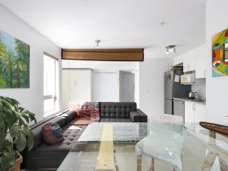 """Photo 10: 312 688 E 16TH Avenue in Vancouver: Fraser VE Condo for sale in """"Vintage Eastside"""" (Vancouver East)  : MLS®# R2510286"""