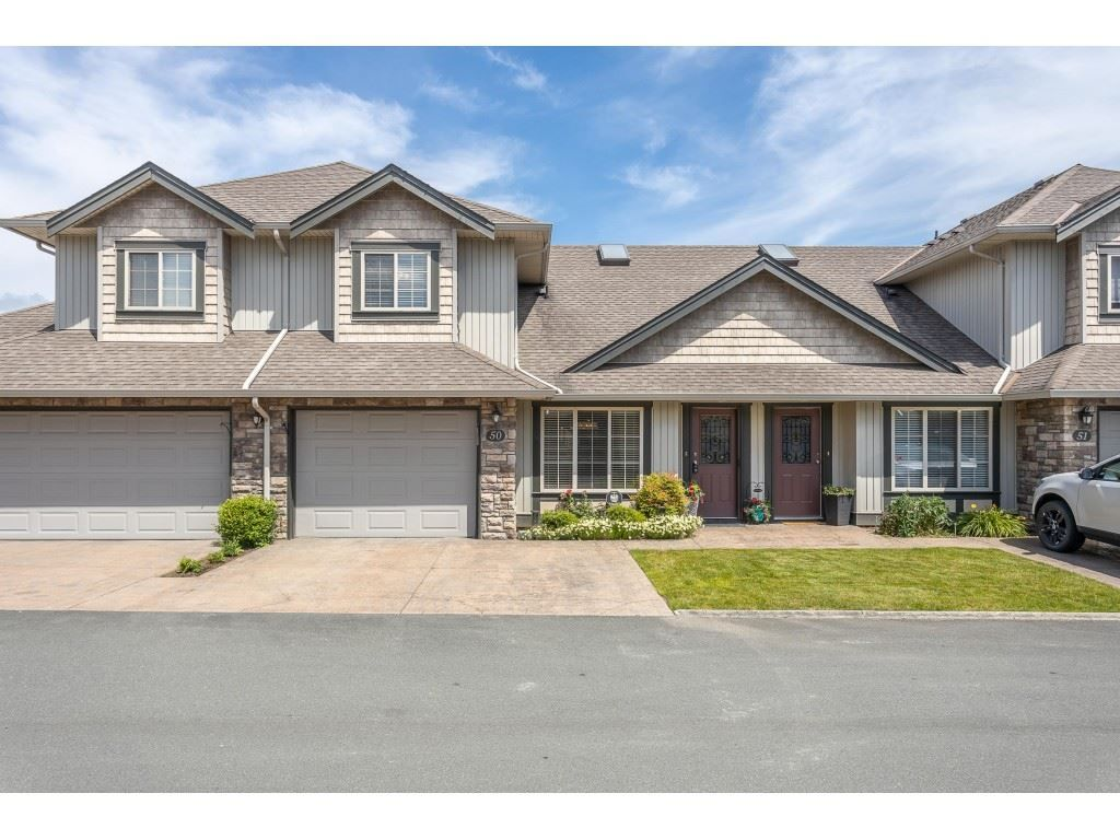 "Main Photo: 50 6449 BLACKWOOD Lane in Chilliwack: Sardis West Vedder Rd Townhouse for sale in ""CEDAR PARK"" (Sardis)  : MLS®# R2469029"