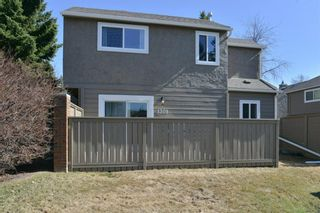 Photo 4: 1301 829 Coach Bluff Crescent in Calgary: Coach Hill Row/Townhouse for sale : MLS®# A1094909