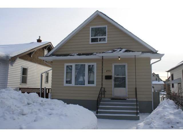 Main Photo: 572 St John's Ave E: Residential for sale : MLS®# 1102270