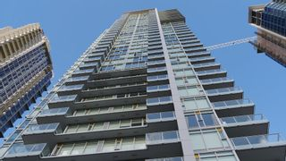 """Photo 1: 3203 6588 NELSON Avenue in Burnaby: Metrotown Condo for sale in """"THE MET"""" (Burnaby South)  : MLS®# R2158114"""